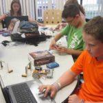 60% Off Robotics Science Summer Camps Code: USF1550r www.ROBOTS-4-U.com @usfg #robots4u