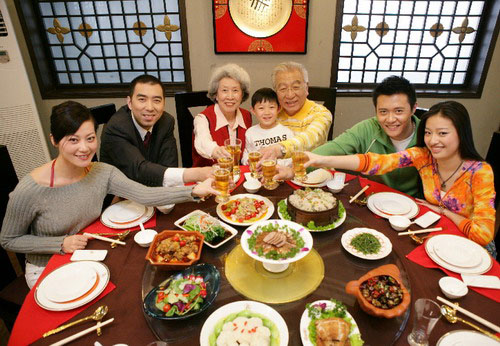 Chinese-New-Year-family
