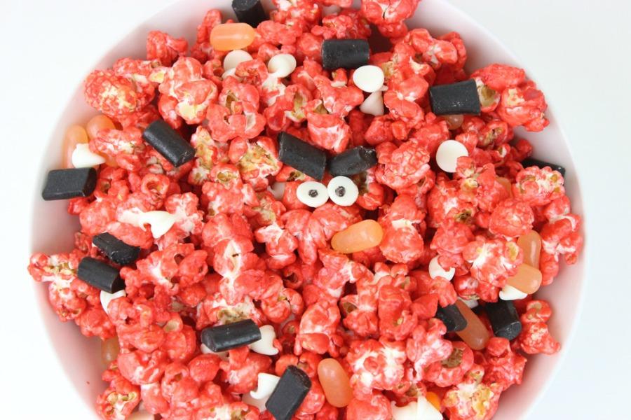 Angry-Birds-Popcorn-900